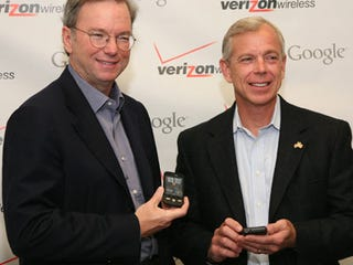 Illustration for article titled The Real Reason Wireless Carriers Love Android: Google Is Paying Them To