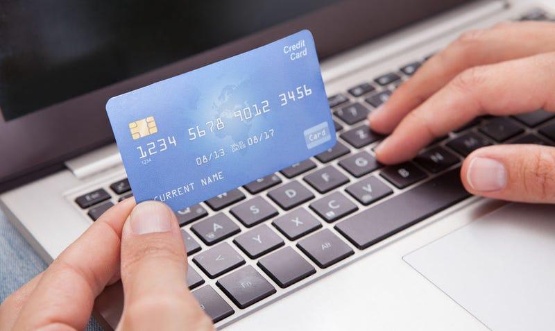 Illustration for article titled Algunos de los trucos online para hacerte creer que compras más barato