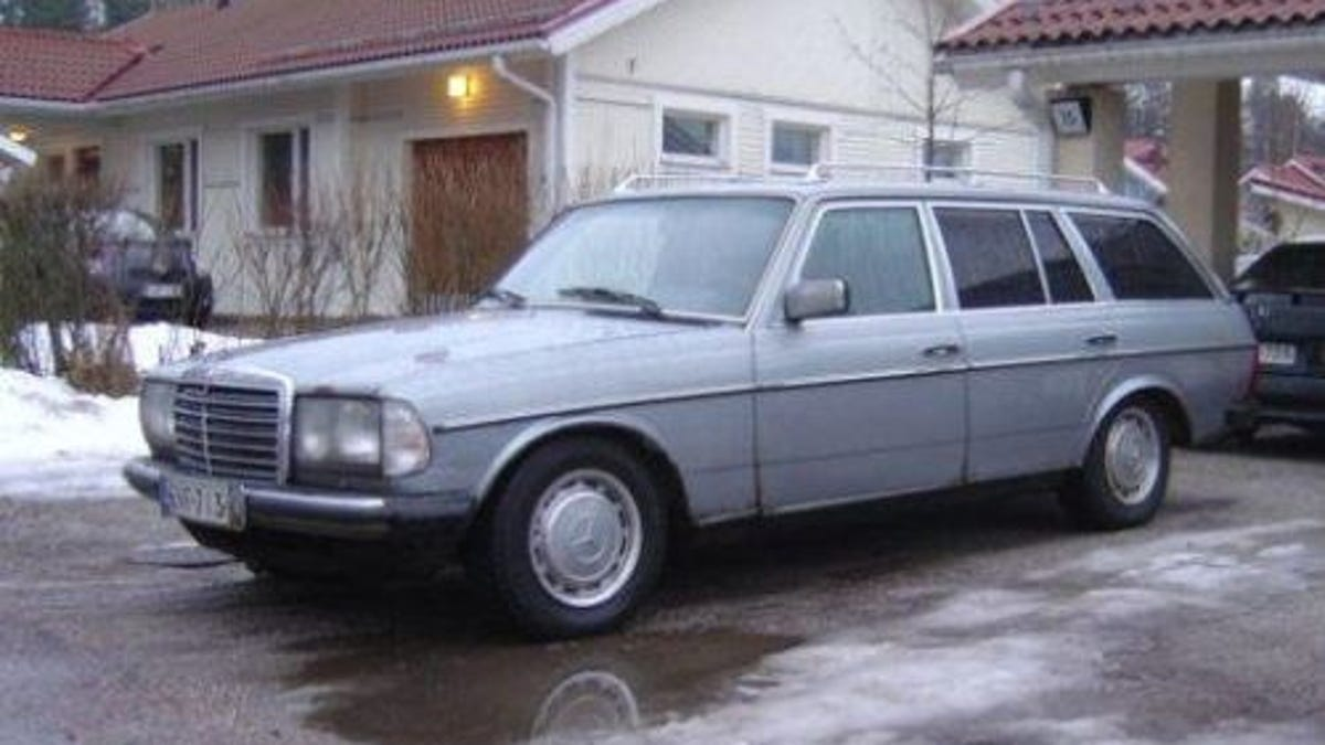 Building A Diesel-Powered Mercedes Station Wagon Drift Racer