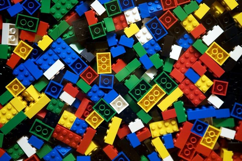 5 cosas útiles que puedes construir con los Legos de tu casa
