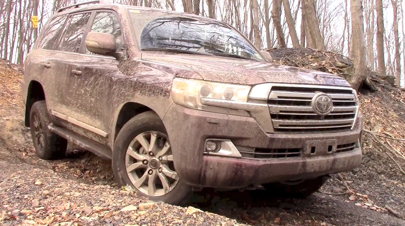 Here's What It's Like To Off-Road An $85,000 Toyota Land Cruiser
