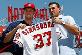 Illustration for article titled Rookie Sensation Strasburg Debuts in MLB 2K10 with an 87 Rating