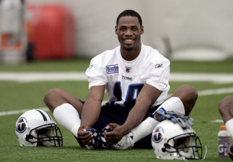 Illustration for article titled Titans WR Kenny Britt Has A Problem With Bail Bondsmen