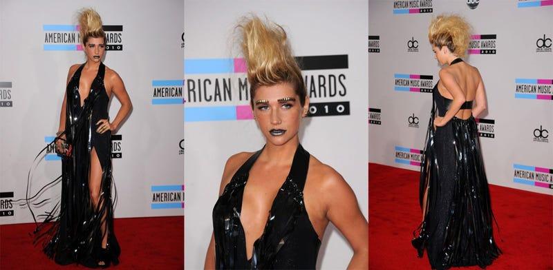Illustration for article titled American Music Awards Fashion: Jesus Christ, Ke$ha