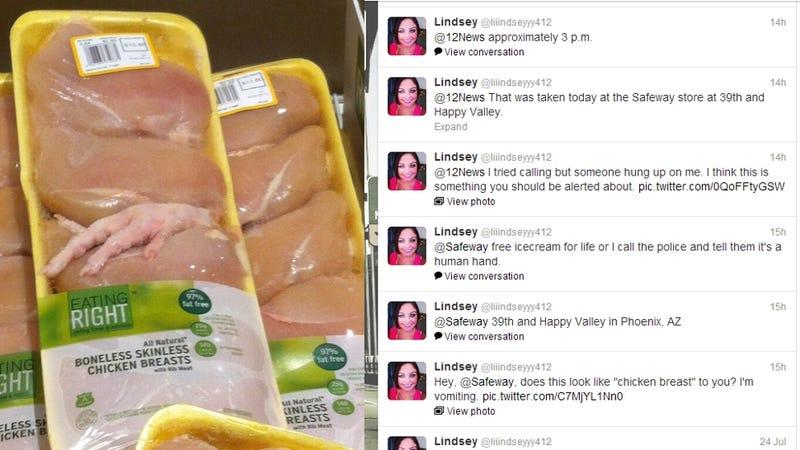 Illustration for article titled Botrány! Csirkét talált a nő a csirkében!!! Felkavarta a médiát a hír