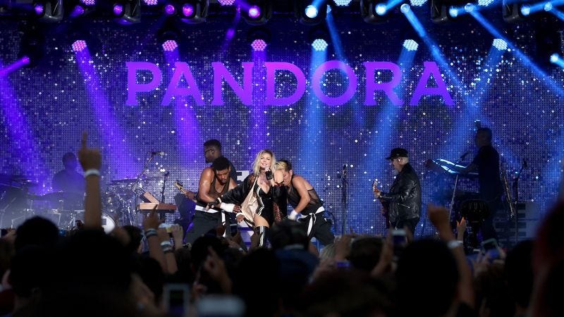 Fergie, performing at the Pandora Summer Crush. (Photo: Jonathan Leibson/Getty Images)