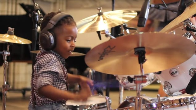 Meet Baby Boy Drummer, the baby boy who drums