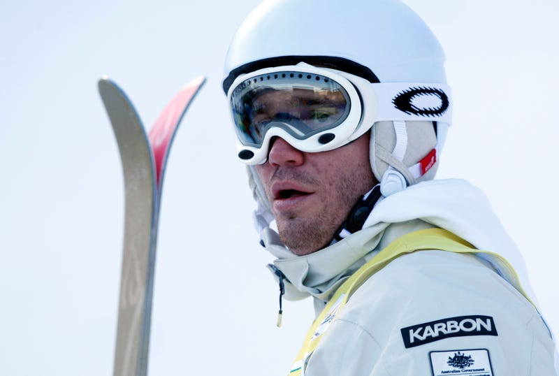Illustration for article titled Aussie Olympic Skiing Star/Spyware Artist Chilling In Caribbean