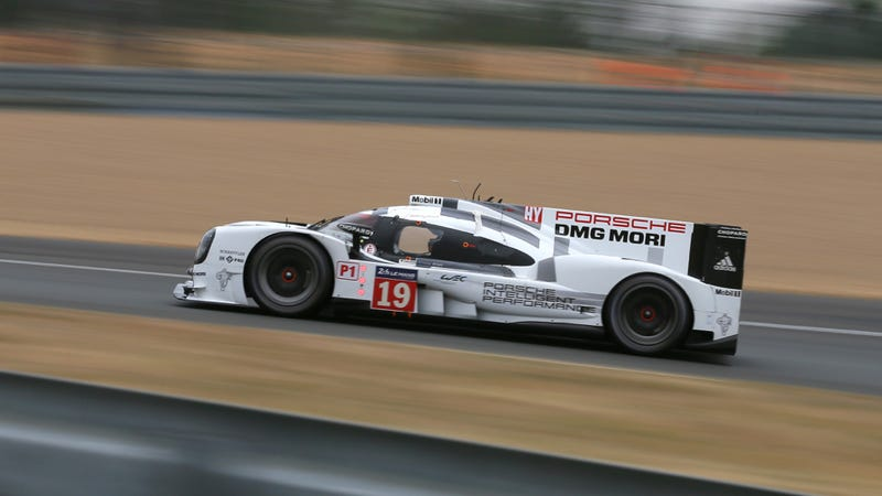 Illustration for article titled The Porsche 919 Just Set A Qualifying Lap Record At Le Mans