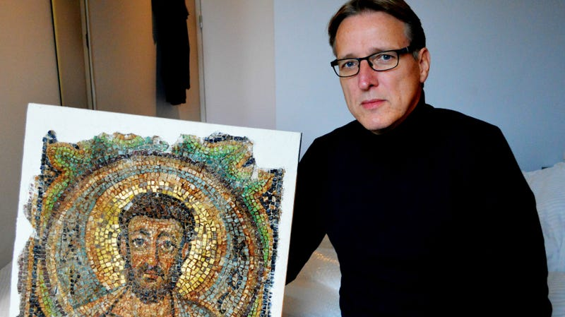 Illustration for article titled A Renowned Art Detective Just Recovered a Stolen 1,600-Year-Old Mosaic