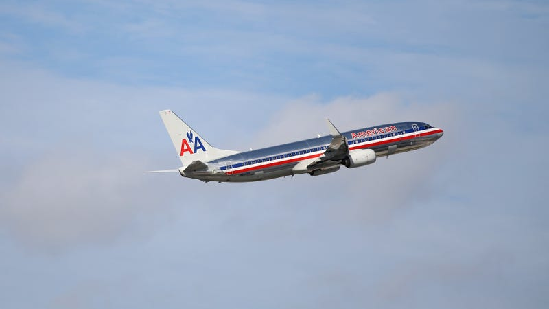 Illustration for article titled American Airlines Workers Describe Dangerous Uniforms In Newly Unsealed Complaint