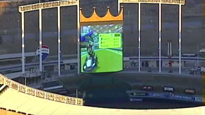 Illustration for article titled Royals Employees Were The Ones Playing Mario Kart On The Kauffman Stadium Jumbotron