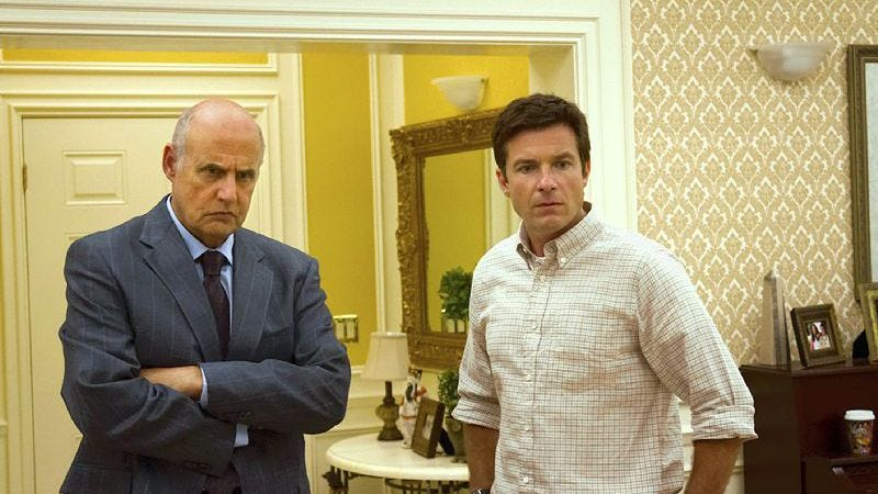 "Illustration for article titled Netflix and Arrested Development officially enter the ""conversation"" phase about a fifth season"