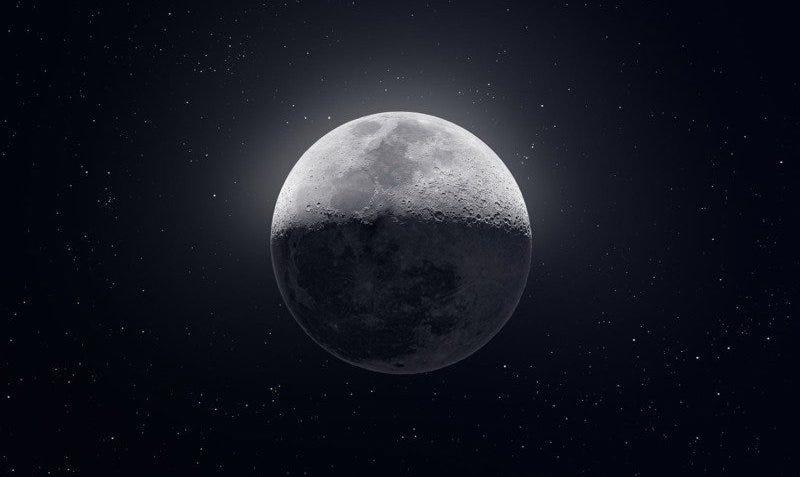 Illustration for article titled Hicieron falta 50.000 fotos para construir una de las imágenes más asombrosas y detalladas de la Luna