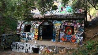 Illustration for article titled The abandoned Hollywood bunker built for Hitler