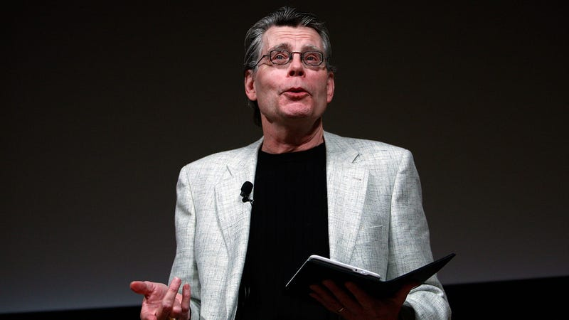 Illustration for article titled Stephen King prevented a Maine newspaper from axing its freelance book reviewers