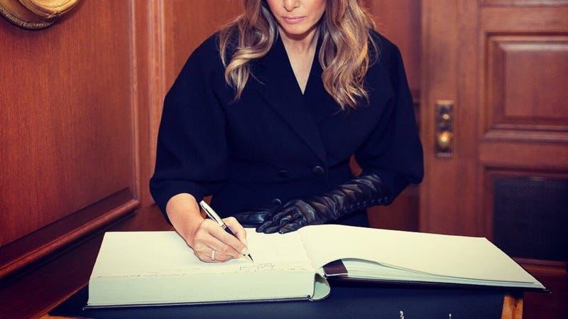Illustration for article titled Is This Melania Trump's Giant Diary?
