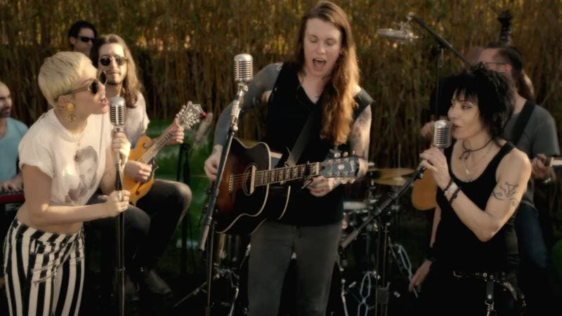 Miley Cyrus, Laura Jane Grace, and Joan Jett