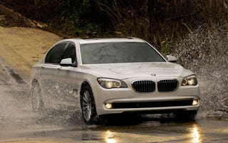 Illustration for article titled 2011 BMW 7-Series Brings Inline-6 Back To U.S. With 315 HP