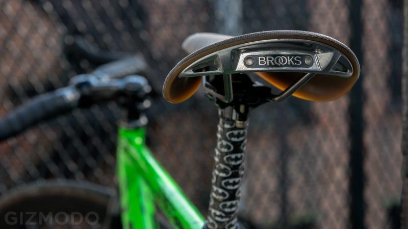 brooks-saddles-dating