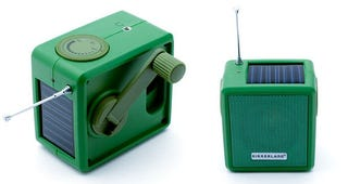 Illustration for article titled Kikkerland Solar/Hand-Cranked Radio Is Green Inside Out