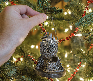 Illustration for article titled Ready your House Stark Jokes, GoT Christmas decorations are here