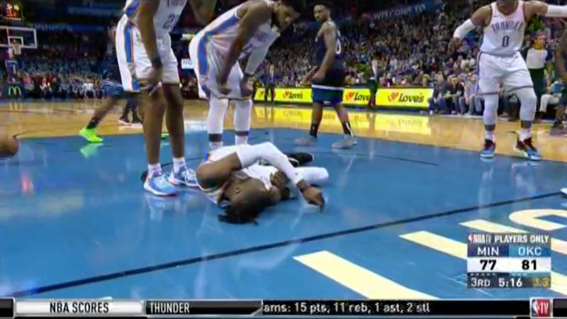 Illustration for article titled Nerlens Noel Got Knocked Out Cold On The Court