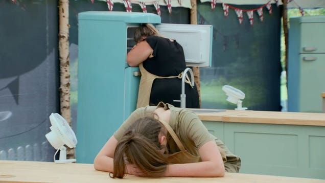 """A heat wave melts the nostalgic fun of The Great British Baking Show's """"1980's Week"""""""