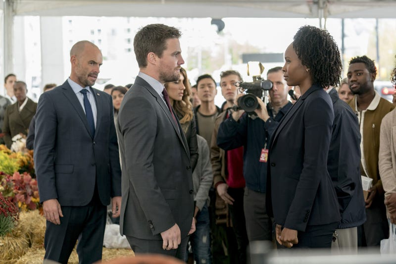 Paul Blackthorne, Stephen Amell, Sydelle Noel (Photo: Dan Power/The CW)