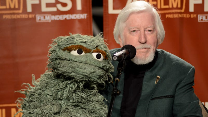 Illustration for article titled Caroll Spinney, the man behind Big Bird and Oscar The Grouch, is retiring from Sesame Street