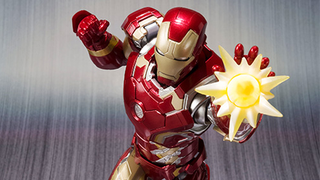 Illustration for article titled Bandai's Age Of Ultron Iron Man Figure Is Gloriously Good