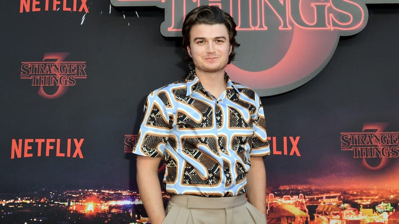 Illustration for article titled The new song from Stranger Things' Joe Keery is pretty good, because apparently he can do anything