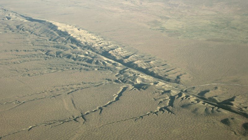 A new study suggests that the San Andreas fault could be triggered into rupturing by a smaller one nearby. Image: sanandreasfault.org