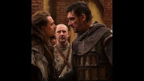 Uhtred forgets to protect his neck on The Last Kingdom