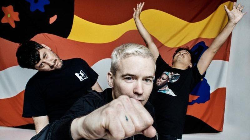 (Photo: EMI Australia)