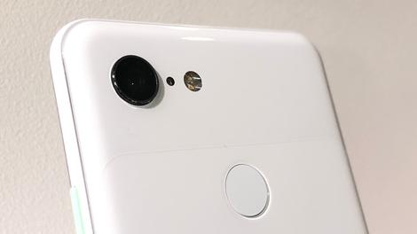 The Pixel 3's Big Bug Fix Update Is Here