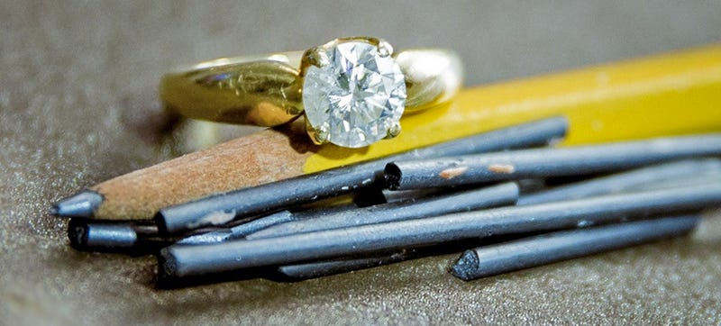 Illustration for article titled Researchers Found a New, Easy Way to Turn Graphite Into Diamond