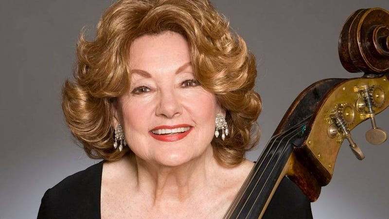 Illustration for article titled Jane Little, the World's Longest-Serving Orchestra Musician, Dies Slapping the Bass on Stage