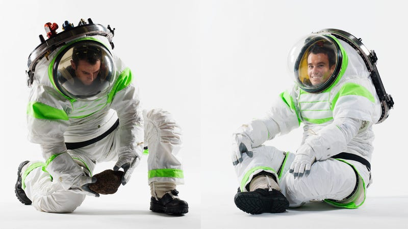 Illustration for article titled NASA's brand new spacesuit prototype really does look like Buzz Lightyear