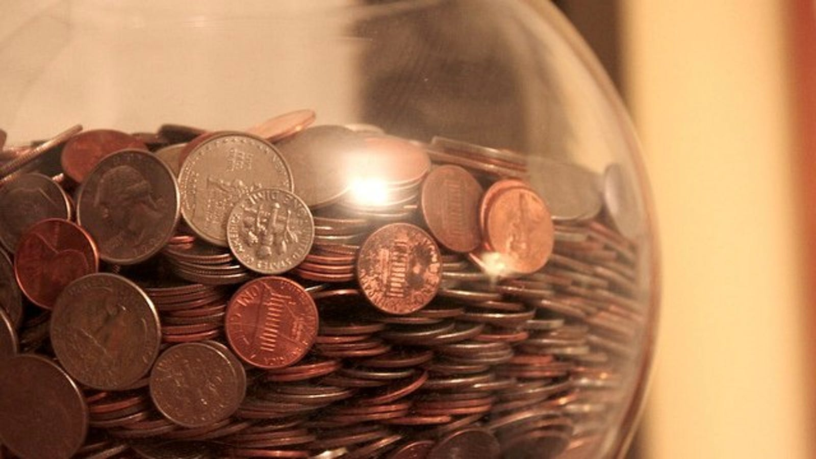 How to Estimate How Much Money's in Your Change Jar (Without
