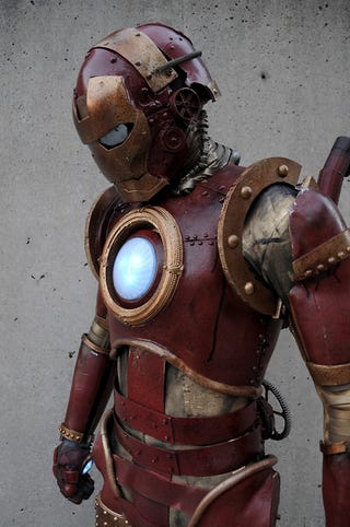 Illustration for article titled Steam Punk Iron Man Suit Is What Tony Stark's Great Great Grandpa Wore