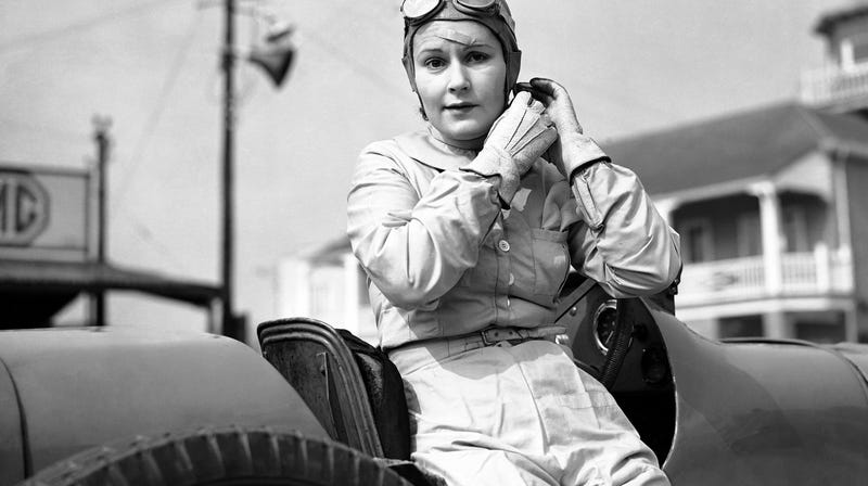 Illustration for article titled Brooklands' Sweetheart Was The First Female Works Driver Who Almost Nailed A Grand Prix Season