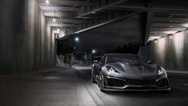 Illustration for article titled '19 Corvette ZR-1 starts at $120,990