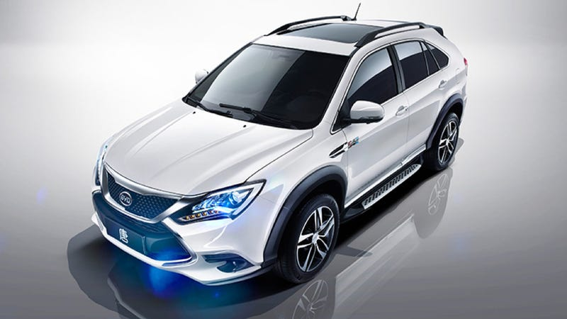 Illustration for article titled Warren Buffett's Chinese Car Company Is Making A Cheap SUV With 505 HP