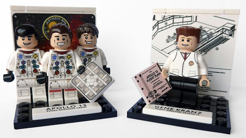 Illustration for article titled The Apollo 13 astronauts and crew are now immortalized as Lego minifigs