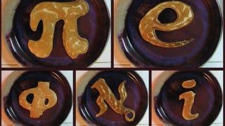 Illustration for article titled Let them eat fractal pancakes