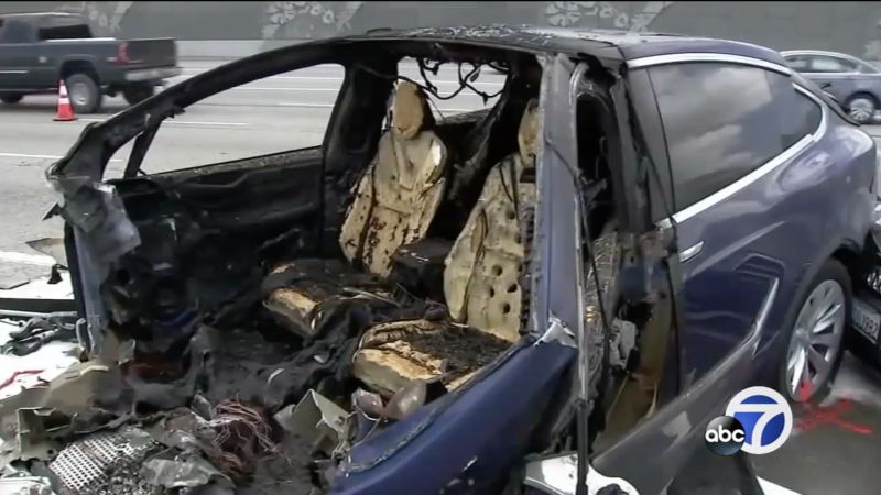 Fatal crash scene involving a Tesla Model X driving in Autopilot