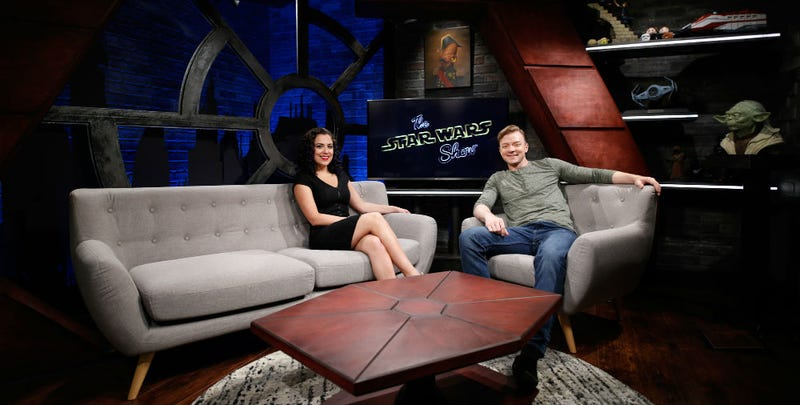 Star Wars Show hosts Andi Gutierrez and Peter Townley on the set of the new show, inside the Lucasfilm offices. Image: Lucasfilm