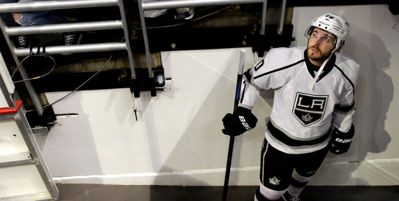 Illustration for article titled Kings Terminate Mike Richards's Contract Under Mysterious Circumstances