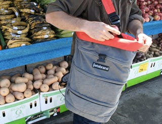 Illustration for article titled Cornucopia Bag Is Designed Specifically for Farmer's Market Shoppers
